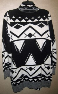 JC graphic sweater b x